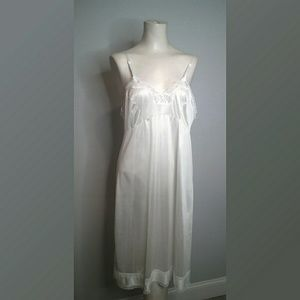 Adonna Vintage Ivory Full Slip with Lace Trim